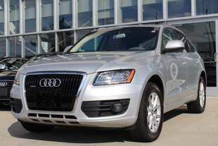2010 Audi Q5 3.2 Premium SUV for sale in Westwood for $27,900 with 50,645 miles.