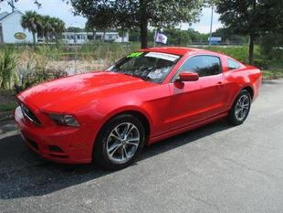 2014 Ford Mustang V6 Premium Coupe for sale in Vero Beach for $23,989 with 14,211 miles.