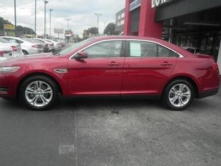 2013 Ford Taurus SEL Sedan for sale in Muscle Shoals for $21,674 with 5,035 miles.