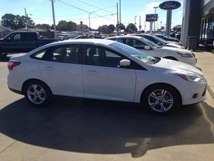 2014 Ford Focus SE Sedan for sale in Muscle Shoals for $13,643 with 17,948 miles.
