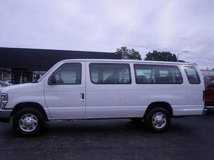 2013 Ford E350 Super Duty XLT Passenger Van for sale in Muscle Shoals for $24,973 with 31,449 miles.