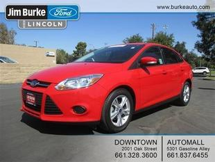 2013 Ford Focus SE Sedan for sale in Bakersfield for $14,863 with 21,911 miles.