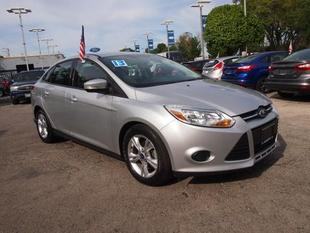 2013 Ford Focus SE Sedan for sale in Chicago for $15,990 with 42,155 miles.