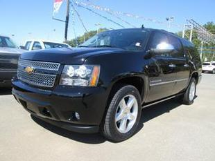 2011 Chevrolet Suburban SUV for sale in Sevierville for $42,995 with 57,619 miles.