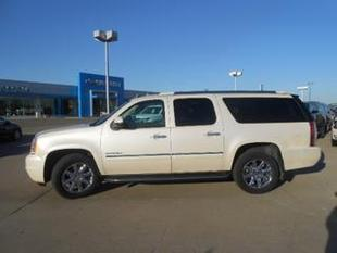 2013 GMC Yukon XL SUV for sale in Norfolk for $51,980 with 27,703 miles.