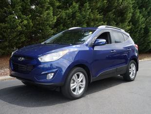 2013 Hyundai Tucson GLS SUV for sale in Burlington for $19,490 with 31,142 miles.