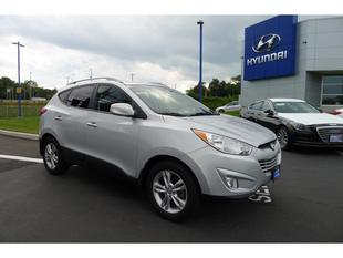 2013 Hyundai Tucson GLS SUV for sale in New Haven for $22,999 with 21,356 miles.