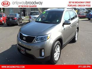 2014 Kia Sorento LX SUV for sale in Portland for $23,921 with 35,025 miles.