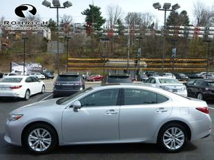 2013 Lexus ES 350 Base Sedan for sale in Pittsburgh for $30,677 with 12,907 miles.