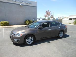 2014 Nissan Altima 2.5 S Sedan for sale in Palmdale for $18,500 with 9,784 miles.