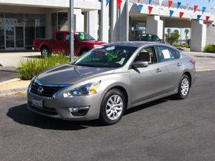 2013 Nissan Altima 2.5 S Sedan for sale in Palmdale for $17,000 with 31,100 miles.