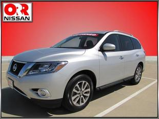 2014 Nissan Pathfinder SV SUV for sale in Searcy for $28,759 with 20,727 miles.