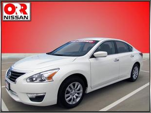 2014 Nissan Altima 2.5 S Sedan for sale in Searcy for $19,589 with 21,749 miles.