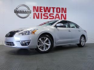2014 Nissan Altima 2.5 SL Sedan for sale in Gallatin for $24,981 with 16,857 miles.