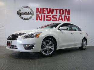 2013 Nissan Altima 2.5 SV Sedan for sale in Gallatin for $18,981 with 15,713 miles.