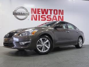 2014 Nissan Altima 2.5 SV Sedan for sale in Gallatin for $19,981 with 15,640 miles.