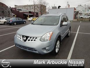 2013 Nissan Rogue SV SUV for sale in Indiana for $22,985 with 22,551 miles.