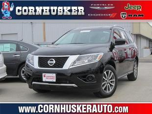 2013 Nissan Pathfinder SUV for sale in Norfolk for $26,650 with 13,075 miles.
