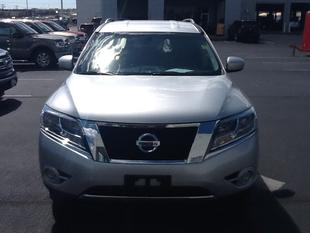 2013 Nissan Pathfinder SV SUV for sale in San Angelo for $23,988 with 24,105 miles.