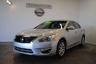 2014 Nissan Altima 2.5 S Sedan for sale in Tifton for $21,990 with 35,195 miles.