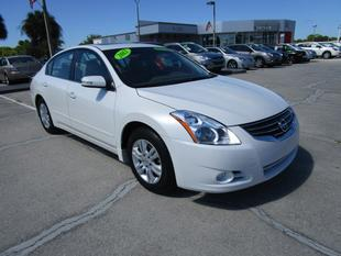2012 Nissan Altima Sedan for sale in Venice for $20,000 with 6,704 miles.