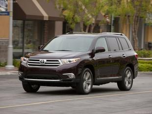 2011 Toyota Highlander SE SUV for sale in Roswell for $26,995 with 32,672 miles.