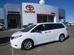 2014 Toyota Sienna Minivan for sale in Roswell for $26,500 with 30,465 miles.
