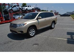 2013 Toyota Highlander SUV for sale in Macon for $24,938 with 35,186 miles.