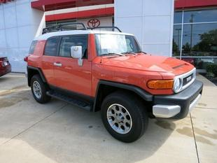 2013 Toyota FJ Cruiser Base SUV for sale in Gallatin for $31,995 with 24,716 miles.