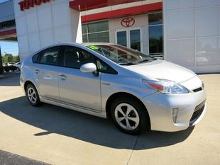 2013 Toyota Prius Hatchback for sale in Gallatin for $18,899 with 41,268 miles.