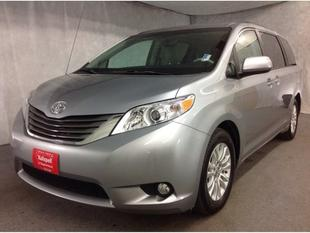 2013 Toyota Sienna Minivan for sale in Kalispell for $28,990 with 33,370 miles.