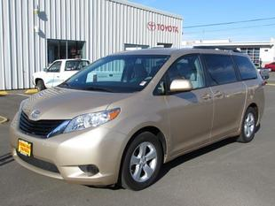 2014 Toyota Sienna Minivan for sale in Coos Bay for $25,531 with 23,544 miles.