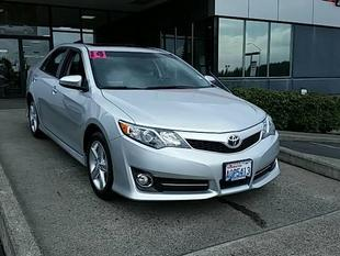 2014 Toyota Camry Sedan for sale in Vancouver for $21,748 with 10,566 miles.