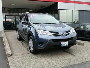 2014 Toyota RAV4 SUV for sale in Vancouver for $23,494 with 12,670 miles.