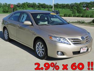 2011 Toyota Camry XLE Sedan for sale in Crystal Lake for $17,989 with 59,856 miles.