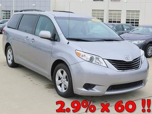 2011 Toyota Sienna Base Minivan for sale in Crystal Lake for $17,989 with 68,611 miles.