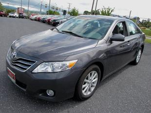 2011 Toyota Camry XLE Sedan for sale in Staunton for $17,900 with 27,502 miles.