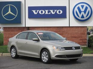 2013 Volkswagen Jetta SE Sedan for sale in Grand Rapids for $15,588 with 10,112 miles.