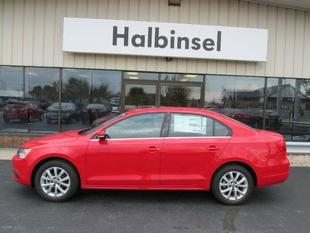 2013 Volkswagen Jetta SE Sedan for sale in Escanaba for $16,995 with 5,365 miles.