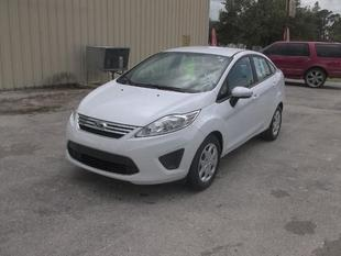 2013 Ford Fiesta SE Sedan for sale in LaBelle for $14,284 with 17,575 miles.