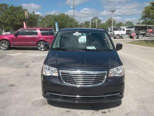 2013 Chrysler Town & Country Touring Minivan for sale in LaBelle for $23,984 with 17,484 miles.