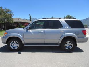 2004 Toyota Sequoia