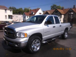2005 Dodge Ram 1500 SLT Quad Cab Crew Cab Pickup for sale in MIDDLETOWN for $18,995 with 82,561 miles.