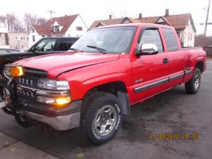 2000 Chevrolet Silverado 1500 LS Extended Cab Pickup for sale in MIDDLETOWN for $11,995 with 104,188 miles.