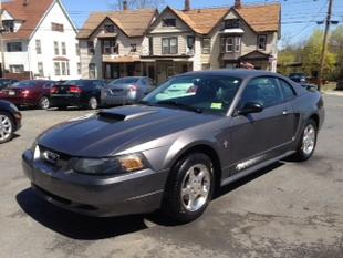 2003 Ford Mustang Coupe for sale in MIDDLETOWN for $9,995 with 93,827 miles.