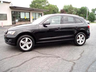 2010 Audi Q5 3.2 Premium Plus SUV for sale in La Crosse for $35,980 with 28,922 miles.