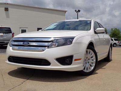 2010 Ford Fusion Hybrid Sedan for sale in Chattanooga for $18,977 with 50,755 miles.