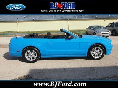 2014 Ford Mustang V6 Convertible for sale in Liberty for $24,814 with 8,779 miles.