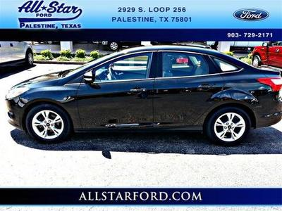 2013 Ford Focus SE Sedan for sale in Palestine for $16,995 with 35,630 miles.