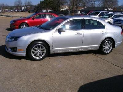 2012 Ford Fusion SEL Sedan for sale in Columbus for $17,990 with 25,518 miles.